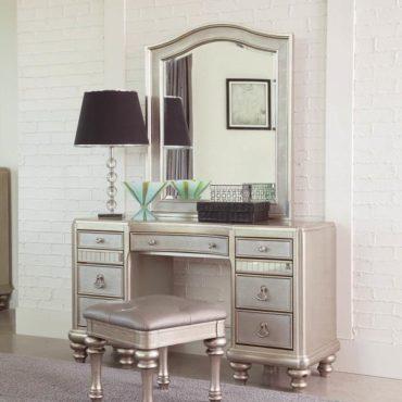 Bling Game Vanity Desk & Stool